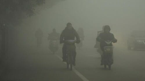 china_pollution_ap971430398958_620x350